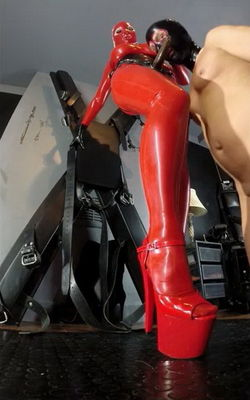 Kinky Mistresses Latex Lucy - Suck It Part 2