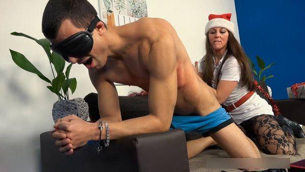 CFNM Merry Christmas part 2