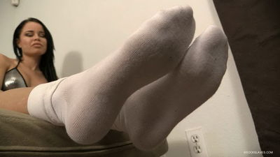 Sock Slaves - Mistress Nikki White Sniff