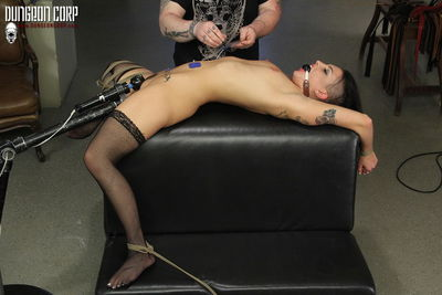 Society SM - The Slave Exchange Mindfuckt - Rachael Madori