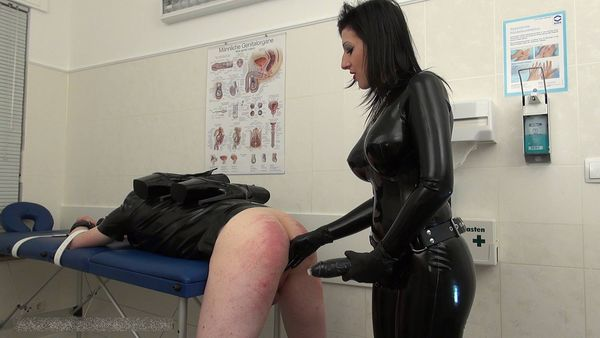 new 30.06.2015 Mistress Anita Divina - Strap-on Fuck In The White Room part 2