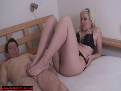 Femdom Sex - Foot Job 5 Queen Jessica
