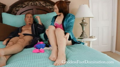 Goddess Foot Domination - Breakfast in Bed Goddess Trilly