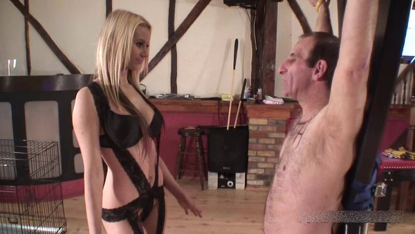 FemdomShed - Princess Brook - A face worth slapping