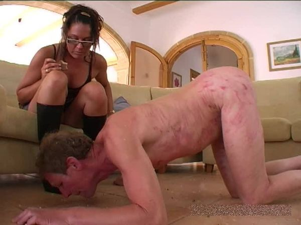 FemdomShed - Bratty Princess - Eat the chewed up mangled food I spit on the floor for you
