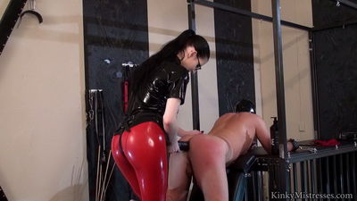 Kinky Mistresses - Lady alshari - Take The Big Black Strap-on