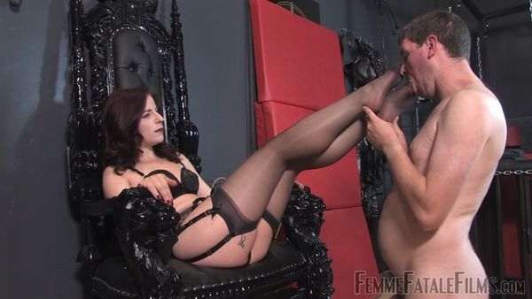 FemmeFataleFilms - Mistress Lola - Earn Your Ass Kiss