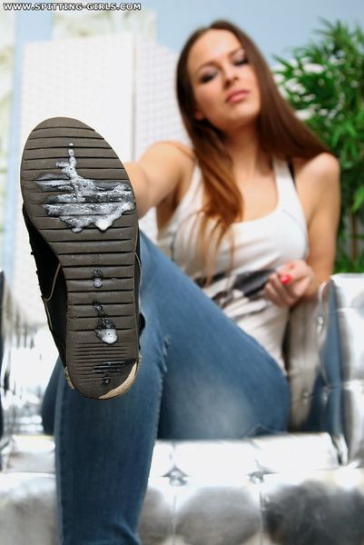 lick my shoe soles ashtray slave