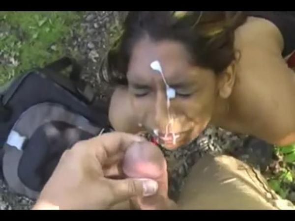 Indian girl takes cum in the face in a public place on the street!