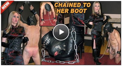 The English Mansion - Mistress Sidonia - Chained To Her Boot