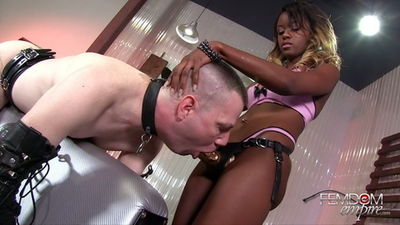 Femdom Empire - Jezabel Visser - Beta Male Assfucking