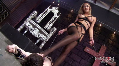 Femdom Empire - Chloe Amour's Foot Slave