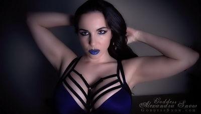 Goddess Alexandra Snow - Deadly Nightshade