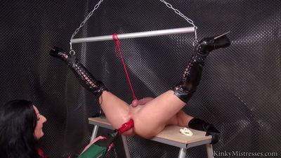 Kinky Mistresses - Lady Lucianas Fucking Machine
