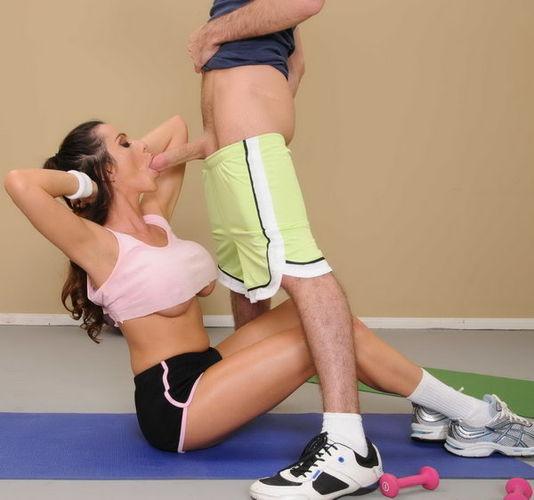 Big Tits In Sports - Ariella Ferrera