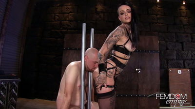 Femdom Empire - Leigh Raven - Ruined to Please