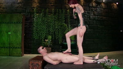 Femdom Empire - Sheena Rose - Poisonous Seductive Feet
