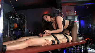 Goddess Alexandra Snow - Extreme Extended Edging