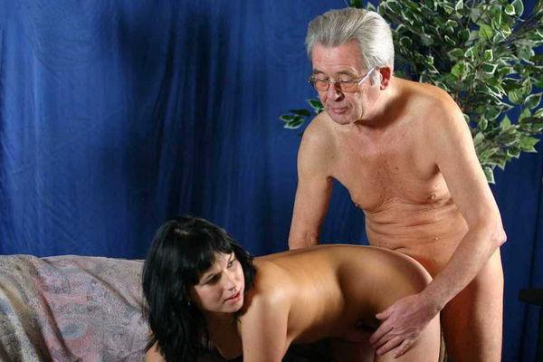 секс внучки онлайн