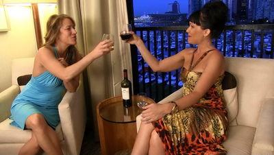 Clubstiletto - Kandy's Birthday Gift - Wet & Dry Part 1 Goddess Holly, Mistress Kandy