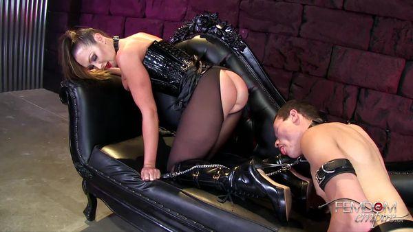 FemdomEmpire - Yasmin Scott - Boot Polishing Bitch-Pet