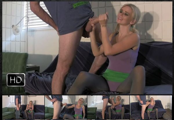 FetishNetwork - Vanessa Vixon Persuades Roommate to Clean with a Handjob