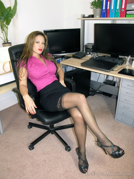 TheEnglishMansion - Miss Jasmine - Demanding Lady Boss complete