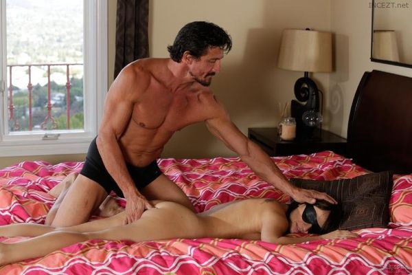 Tricky Spa Tommy Gunn Charlotte Cross Paradise Big Tits Party Sex Hq Pics