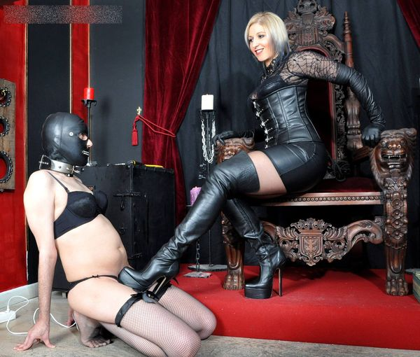 FemmeFataleFilms - Mistress Johanna - Johanna's Bitch Slave part 1-3 update