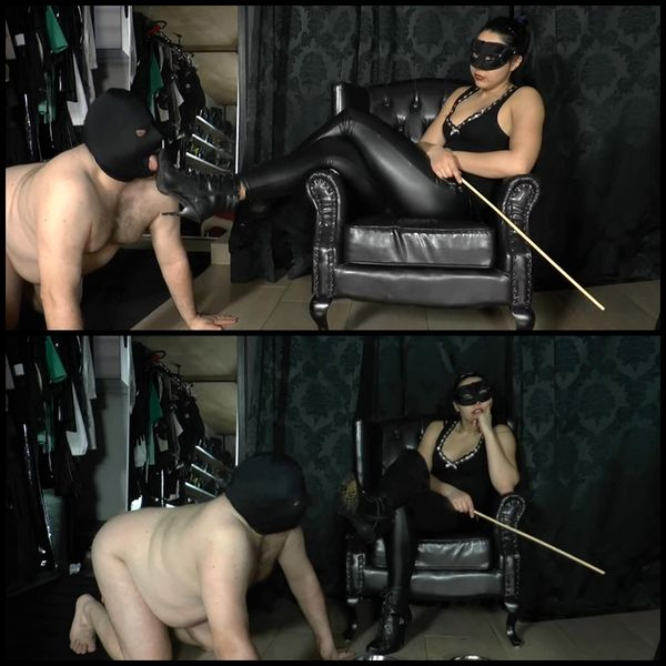 (26.12.2015) TRAINING A SLAVE TO LICK MY SHIT FROM MY DIRTY SHOES