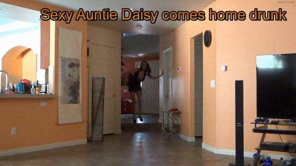 Sexy Aunt Daisy pervy jerk off encouragement