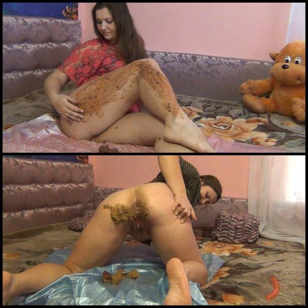 Schokoladen-Pussy, Pooping im Doggy Style 2, Nach einem langen Leiden, Geheimnisvoll, Charmant & Sehr Sexy, Pooping und Verschmieren mit Scheiße, Viel Poo am Morgen