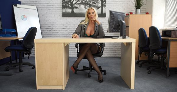 Keep Them Keen – Lucy Zara HD