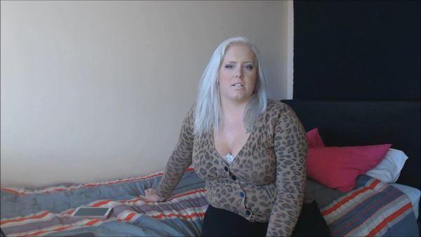 Blackmailing Your Step-Mother With Her Porn Past – Goddess Victoria HD