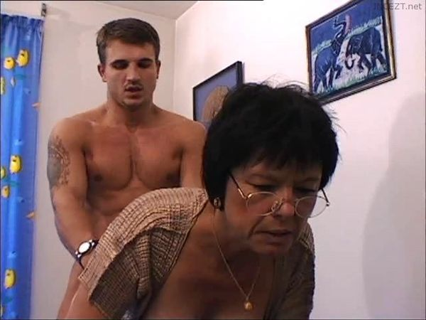 Dominating Mom Fucked In The Ass!