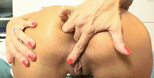 Mother and Son – HotWifeRio – Lingerie MILF Tease 1-3 HD